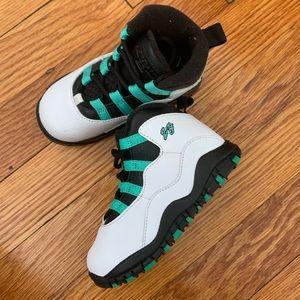Toddler Jordan 23 sneakers 😍
